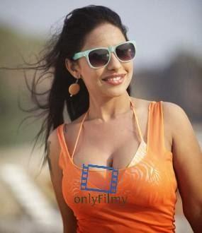 Bengali+Actress+Sreelekha+Mitra+Hot+Cleavage+Show+in+Orange+Dress+Pics001