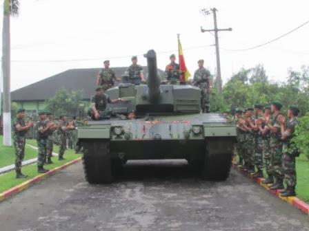 YONKAV 8/2 KOSTRAD Lakukan Acara Tradisi Penerimaan Tank Leopard dan Marder