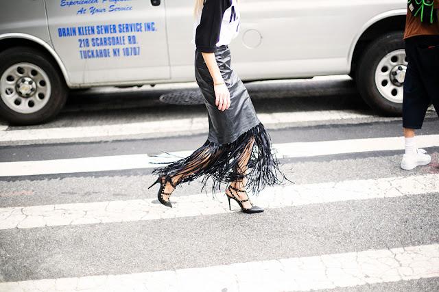Long skirt street style