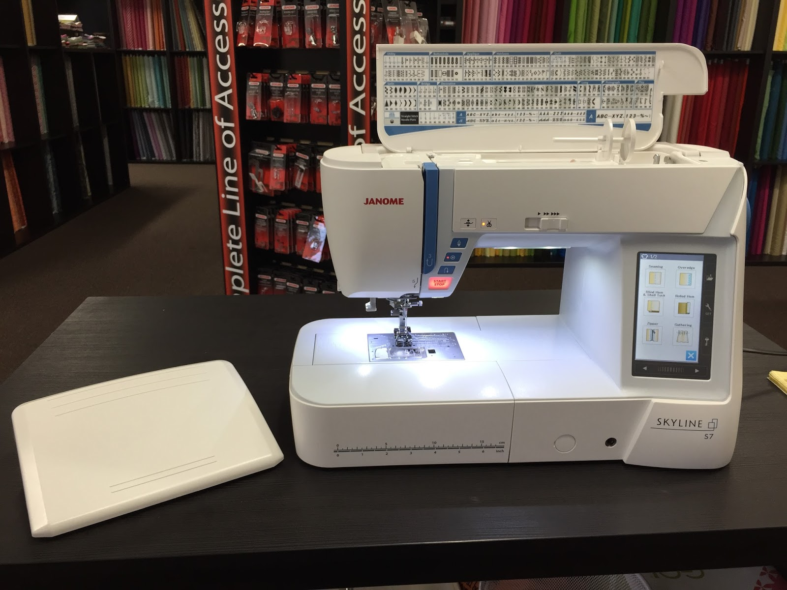 just a bit frayed: Janome Skyline S7 Sewing Machine Review and ... : janome quilting machine reviews - Adamdwight.com
