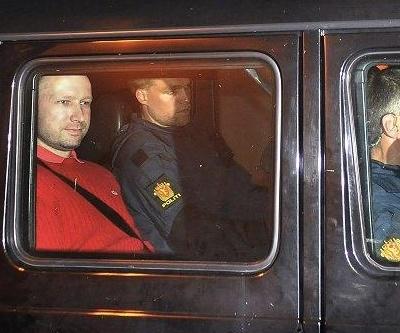 Anders Behring Breivik under politibevogtning