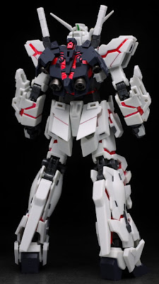 Unicorn Gundam action figure