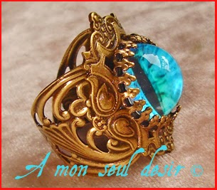 Bague bronze médiéval fantasy oeil de dragon bleu Daenerys Targaryen Qarth blue dragon's eye ring jewelery