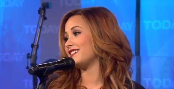 Demi+Lovato+-+Give+Your+Heart+A+Break+%28Live+At+Today+Show.png