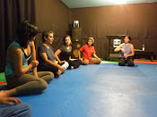 Taller con Indira Pensado en el Centro Cultural Prados Verdes de Espacio Vacío Teatro