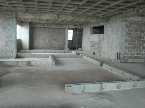 grandes empresas estão descobrindo o bloco de concreto