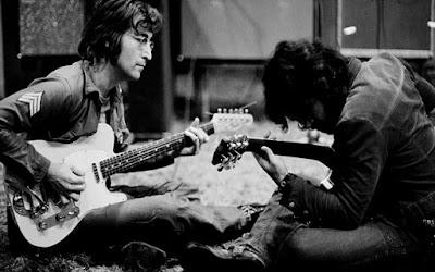 Gitar Akustik John Lennon