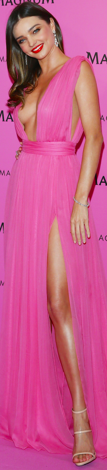 Miranda Kerr Model HOT Pamer Payudara dan Paha di Pesta Cannes