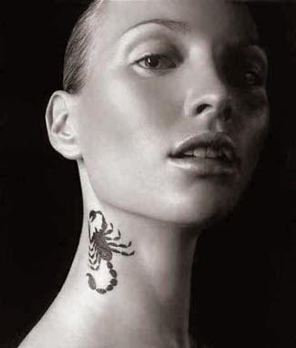 tatuagem de escorpiao no pescoço