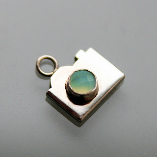 Camera pendant necklace charm