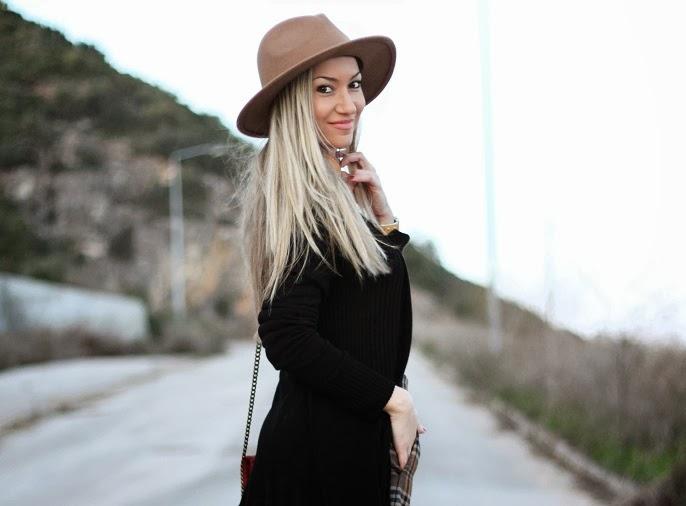 look do dia, camel, preto, casaco, coat, blogue de moda, blogues de moda, padrões, tendências, outono inverno 2013/2014, patterns, tartan, plaid, xadrez, padrão clássico, bag, zara, hm, promod, new yorker, guess, woman fashion, moda mulher, streetstyle, cláudia nascimento, blog de moda, blogs de moda, portugal, ootd, outfit of the day, look of the day, tartan skirt, burgundy, personal stylist, consultoria de imagem