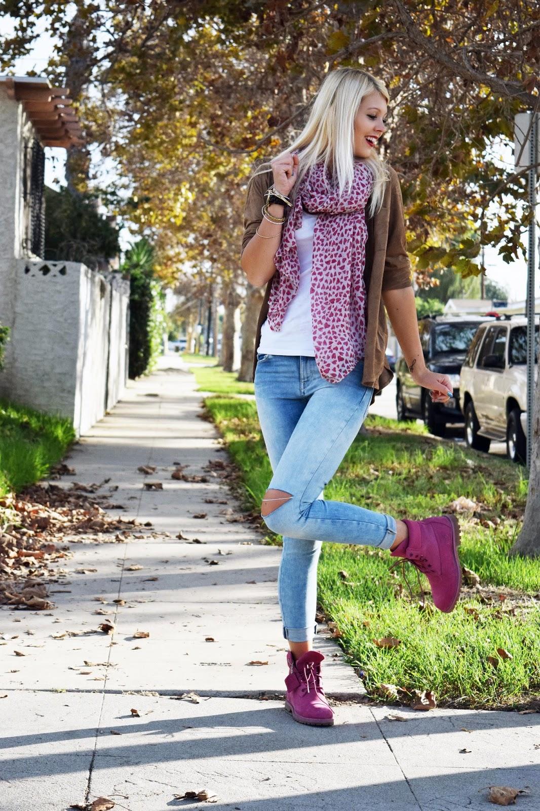 Suede shirt, boyfriend shirt, Timberland boots, Fall, Scarf, Heart scarf