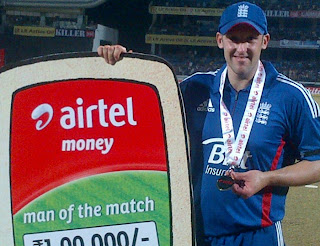 James-Tredwell-Man-of-the-Match-INDIA-V-ENGLAND-1st-ODI-2013