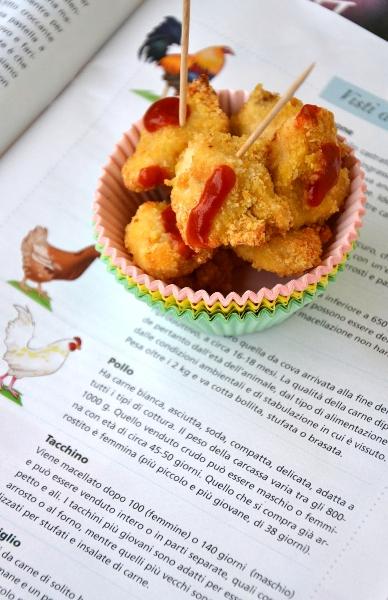 bocconcini di pollo al forno con pangrattato e parmigiano