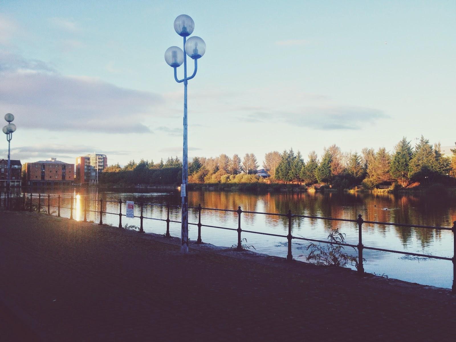 autumn image, cardiff bay image