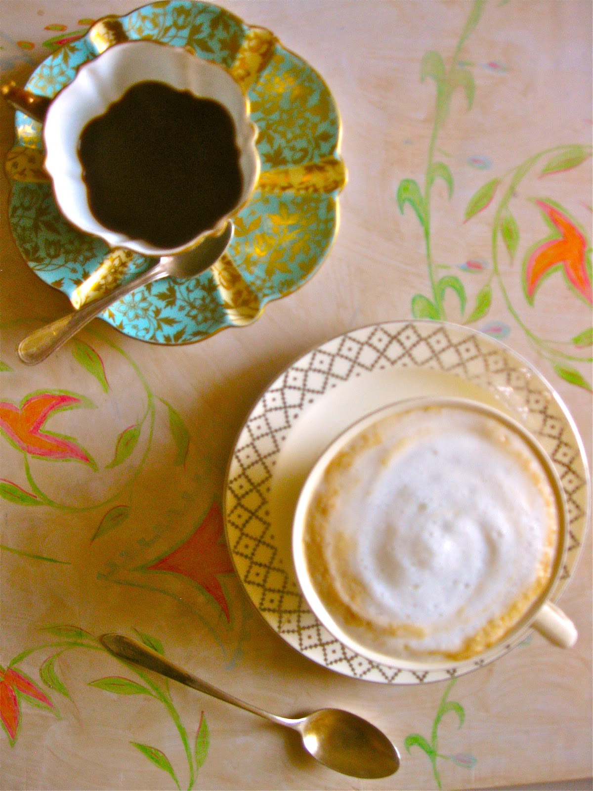 how to make designs in cappuccino