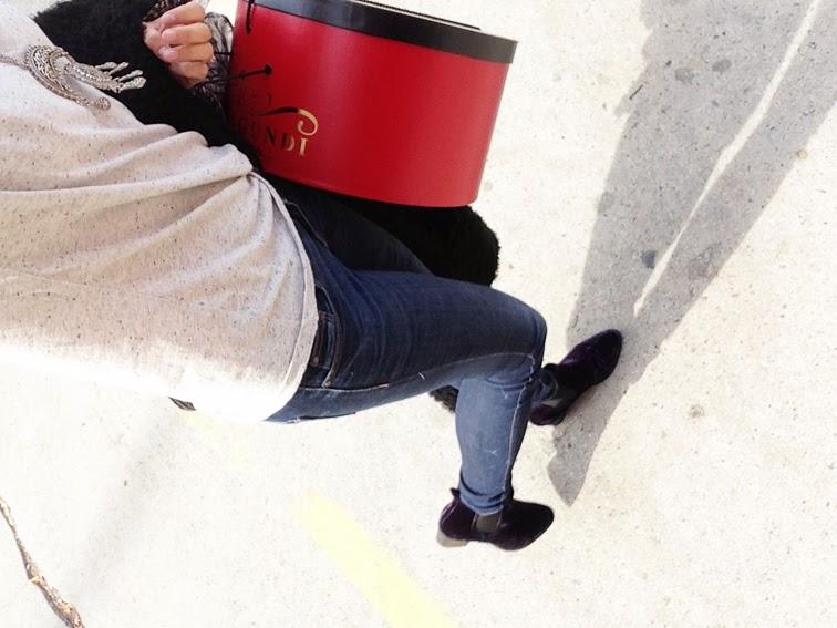 Blue jeans denim & tee ASOS navy velvet boots