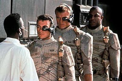 Cena do filme Soldado Universal