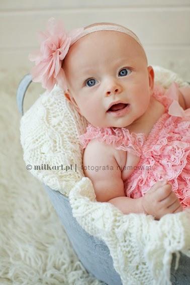 profesjonalne zdjęcia niemowląt, sesje fotograficzne dzieci, sesja zdjęciowa noworodka, fotografia dziecięca wielkopolska