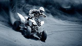 Yamaha deportiva de carrera