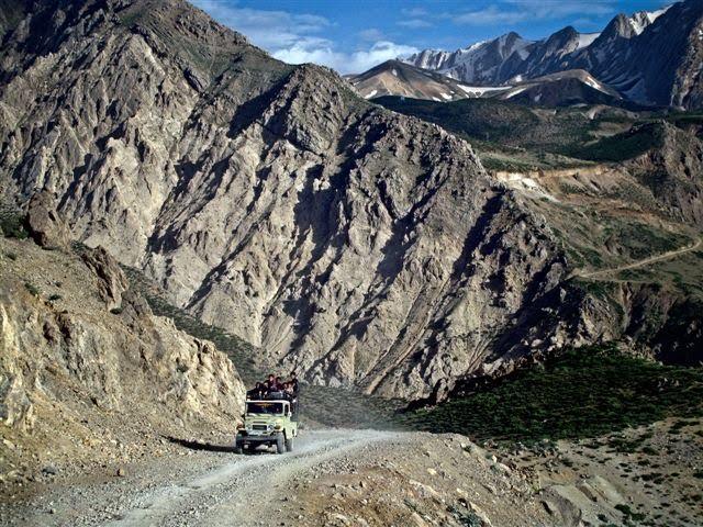 Fun jeep rides around Damavand...
