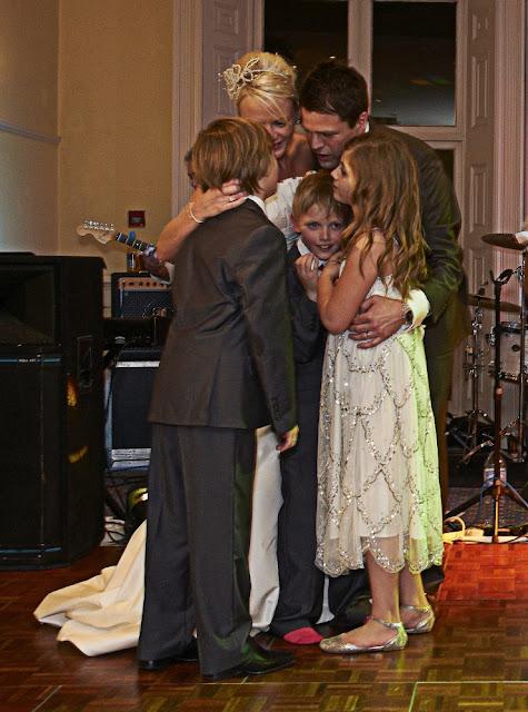 wedding first dance with children
