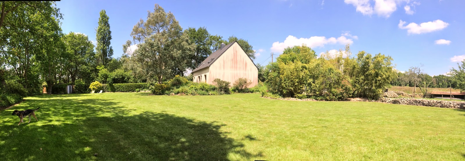 Gite kerjean locmariaquer 56 juillet 2014 for Entretien jardin quesnoy sur deule