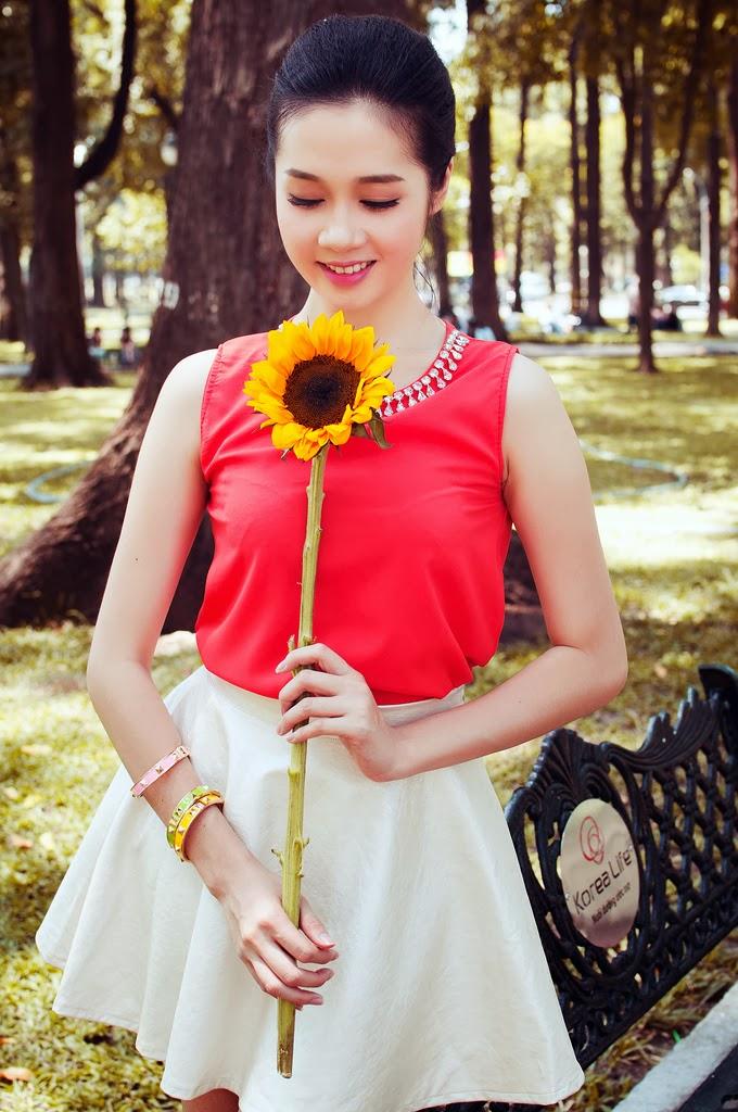 """Lê Thu An - Trong tay em là """"hoa mặt trời"""""""
