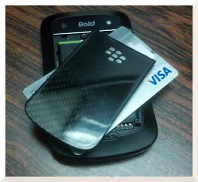 Caracas, Venezuela – Enero 16, 2013 – Research In Motion (RIM) (NASDAQ: RIMM; TSX: RIM) anunció hoy que su solución Secure Element Manager (SEM) para pagos móviles NFC (Near Field Communication) ha sido aprobada por Visa. SEM de RIM es la solución back-end para que los operadores puedan gestionar de forma segura las credenciales en las tarjetas SIM (subscriber identity module) instaladas en todos los tipos de dispositivos móviles con capacidad NFC. «La aprobación por VISA de la solución SEM de RIM es un paso importante ya que permitirá a los operadores apoyar a los bancos emisores de Visa y