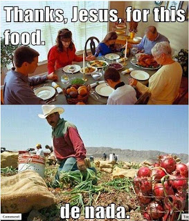 family prays 'thanks jesus for the food' migrant worker in the field says 'de nada'