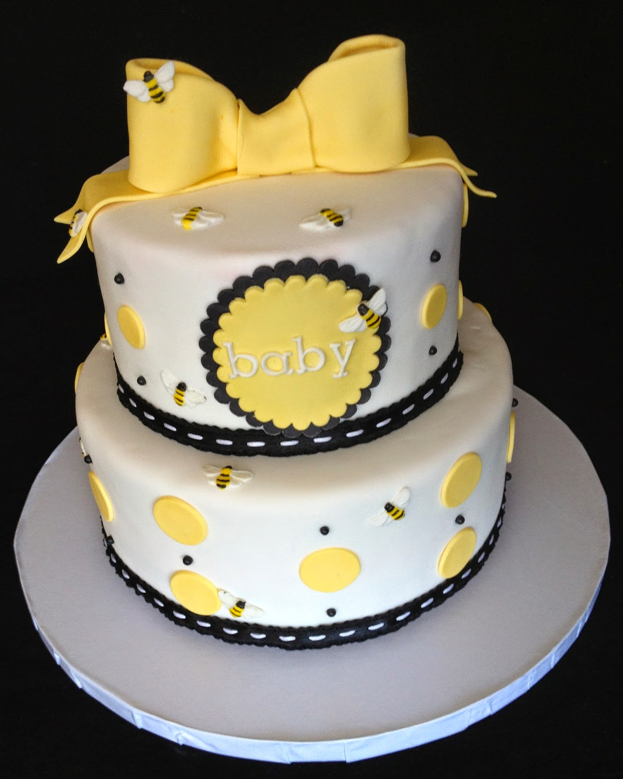 bee cakes for baby shower