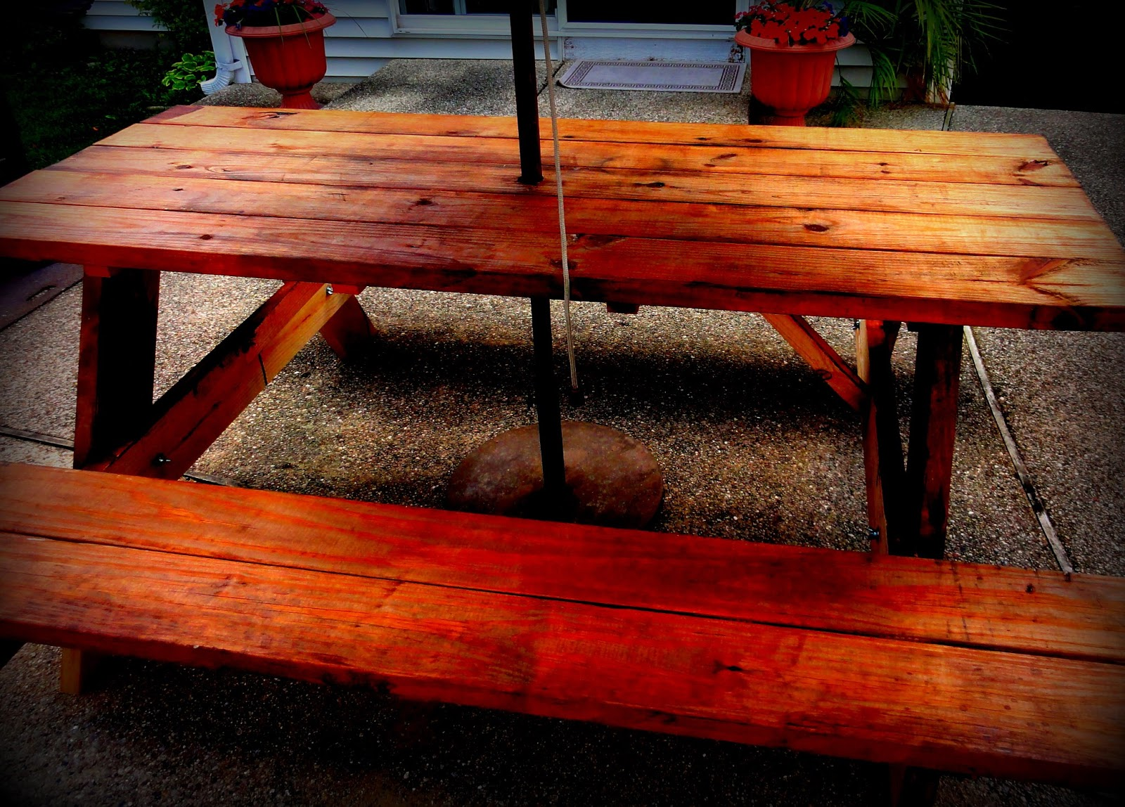 The Picnic Table That Will Never Be Used - How to stain a picnic table