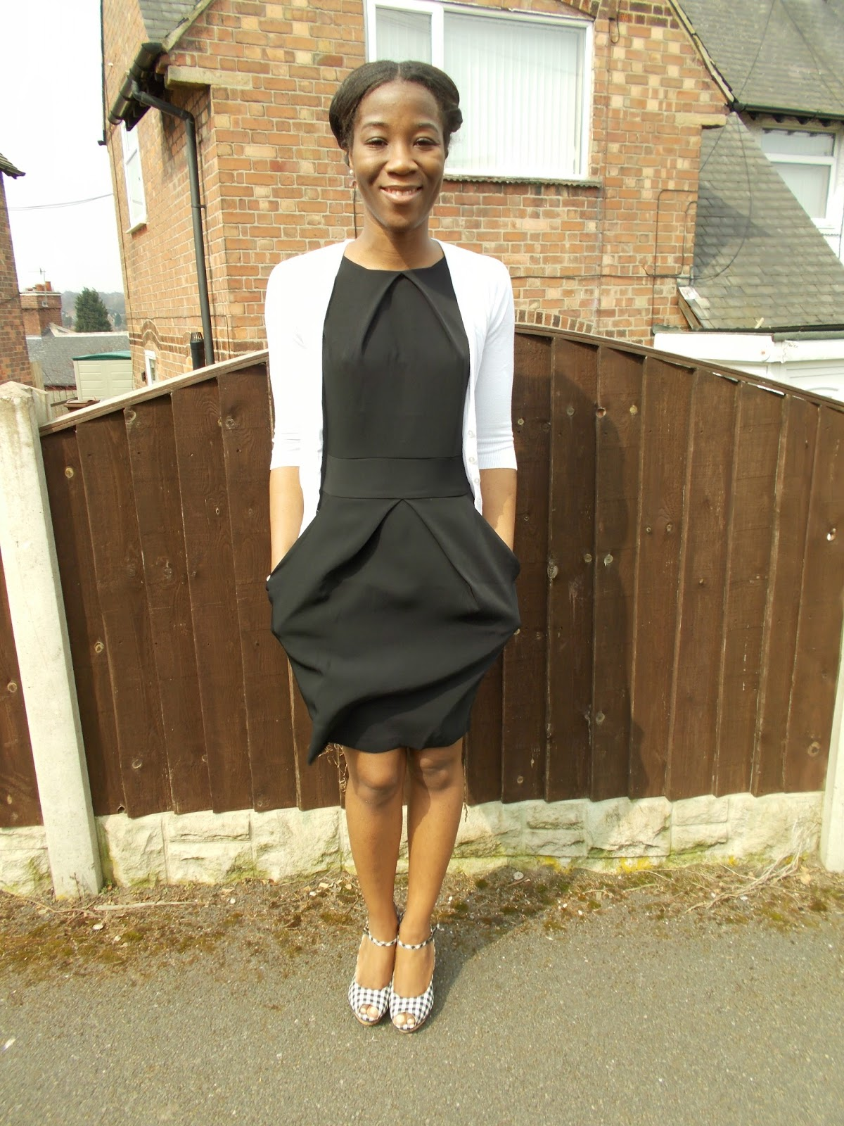 Graduate Fashionista : Little Black Dress ft The White Cardigan