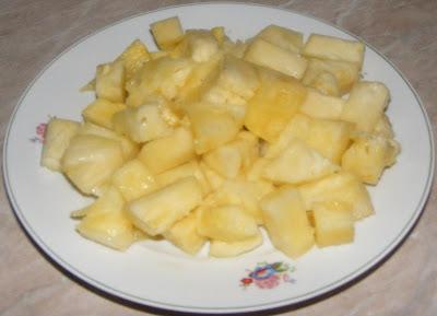 ananas cubulete, ananas felii, ananas rondele, ananas, ananasul, fruct ananas, fructul ananas, ananas comosus, ananas copt, ananas bun, retete cu ananas, preparate din ananas, prorietatile ananasului,
