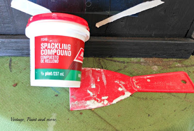 Vintage, Paint and more... using spackling compound with a stencil