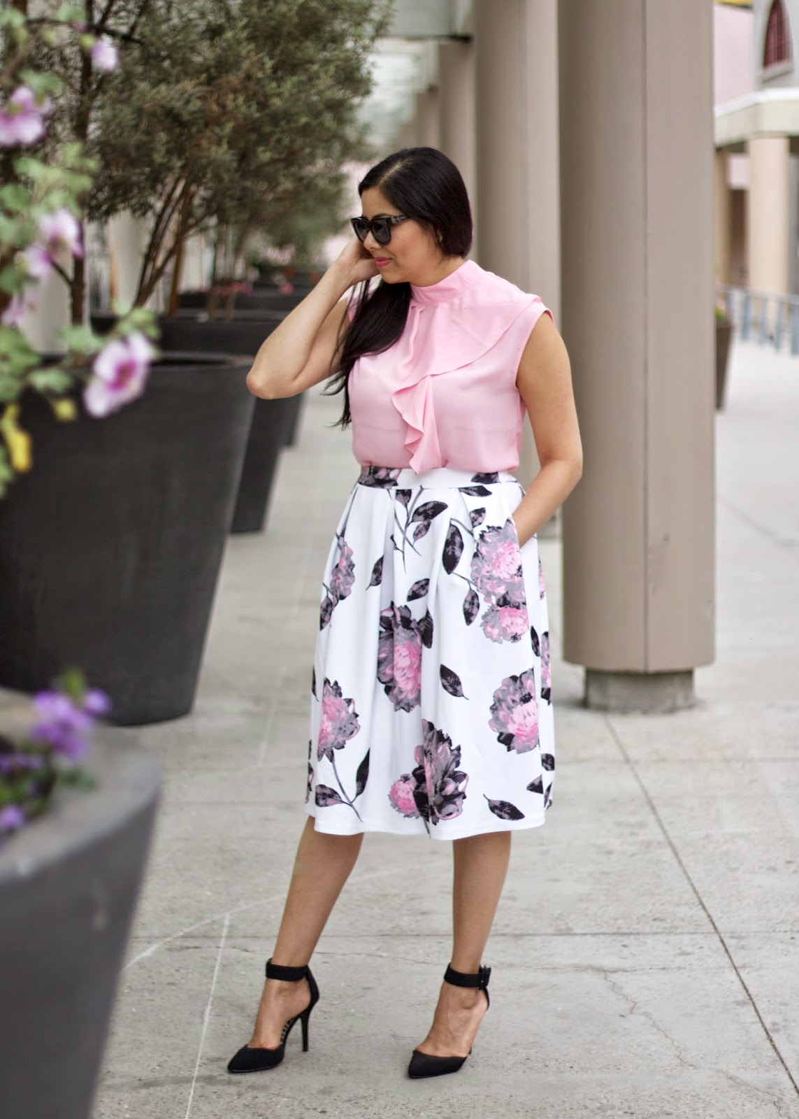 Mission Valley Mall stores, how to wear a flowy top with midi skirt, black ankle strap heels, express ankle strap heels