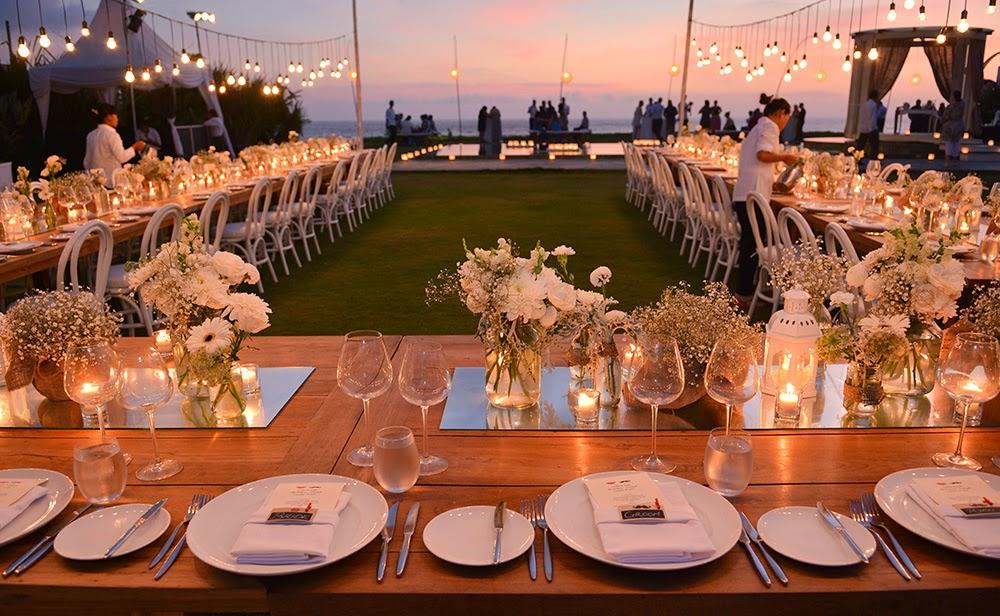 Florette bali white chic rustic wedding at phalosa villa batu belig wedding planner bali bliss wedding junglespirit Gallery
