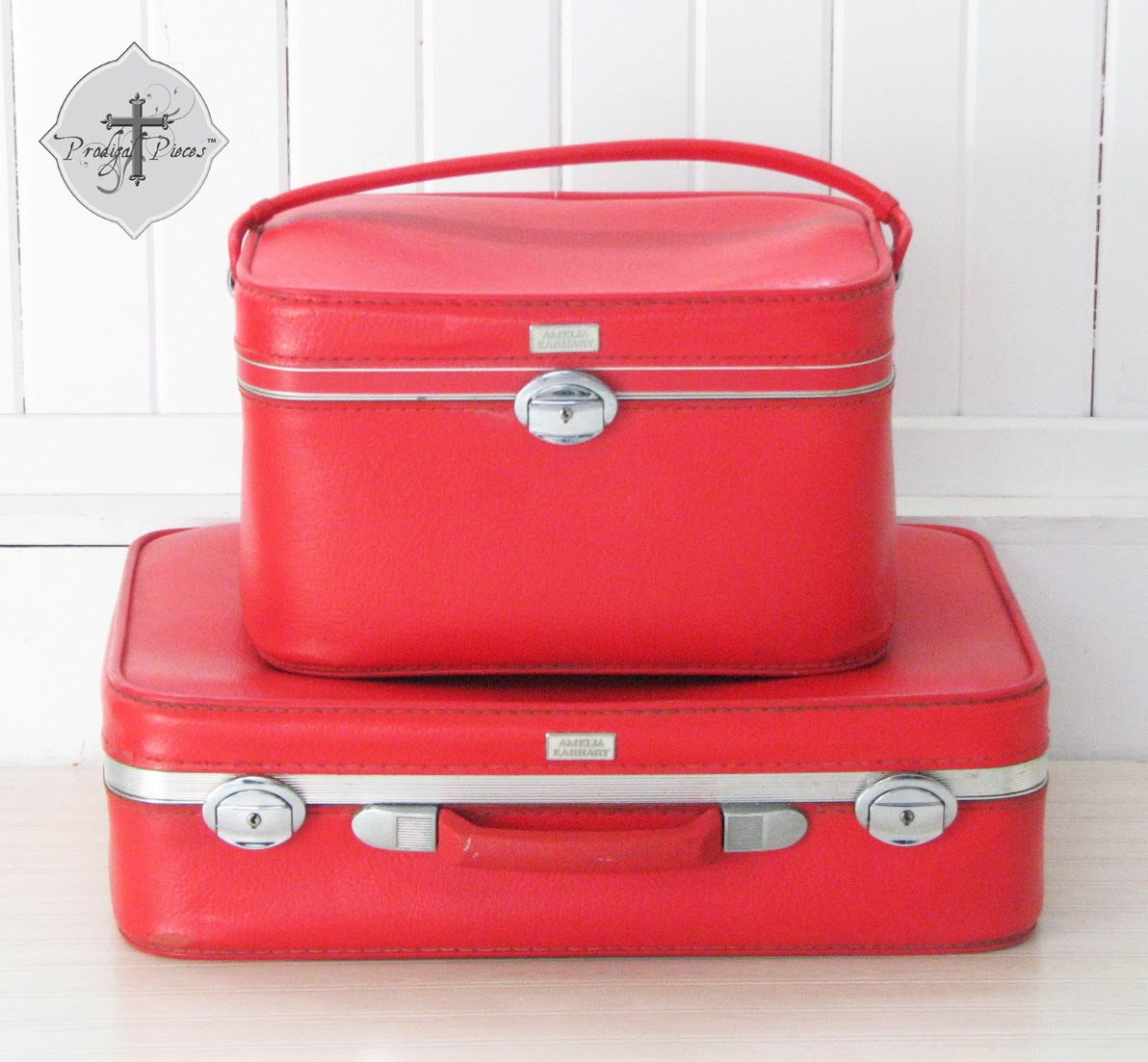 Vintage Red Amelia Earhart Toiletry/ Makeup Box & Suitcase Set via Prodigal Pieces