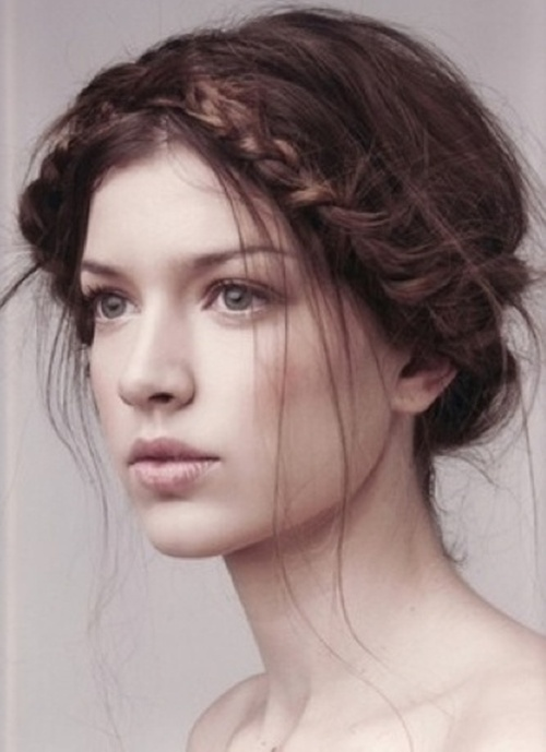 Beautiful Messy Hairstyle : Fashion trends reports top messy hair looks for women