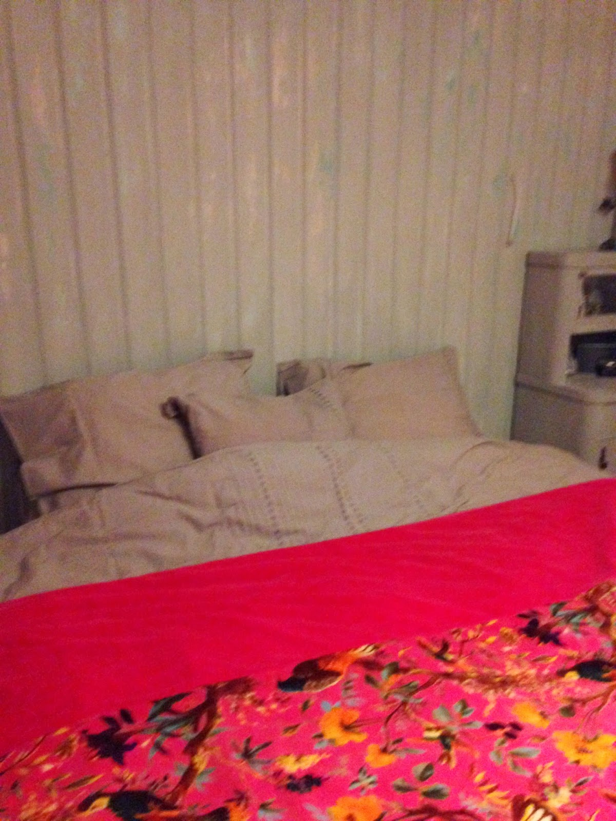 Www.redcherryrodekers.blogspot.nl: housewarming #6a #bedroom