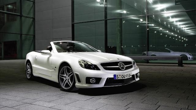 Mercedes SLR White