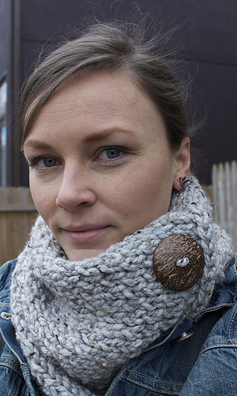 Quick Cowl Knitting Pattern : Handmade by Meg K: Quick Knitting Project for Nasty Weather