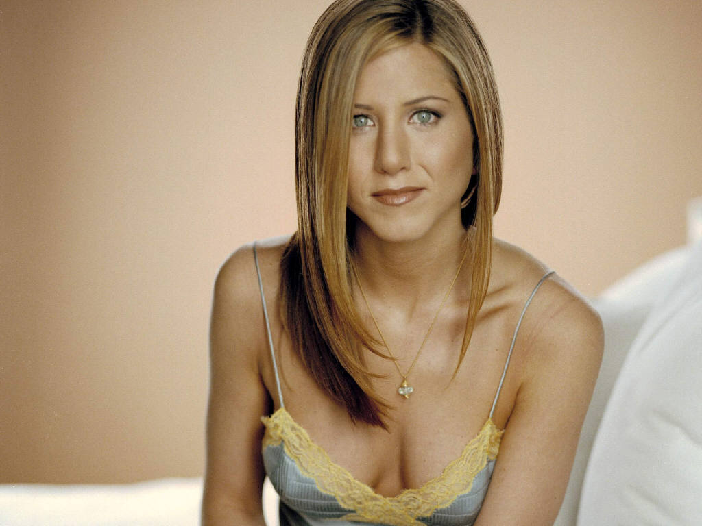 a biography of jennifer aniston as an amazing actress Jennifer aniston attended the rudolf steiner school here, she discovered her amazing skill in the art of painting this was more of a hobby for aniston, considering her true love was acting.