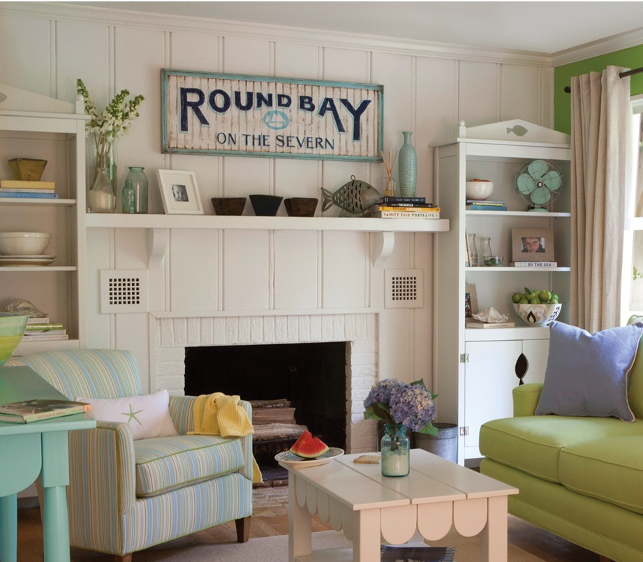 Like this try that vintage beach style for Classic beach house designs