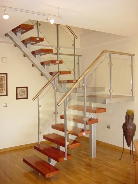 Estructura metalica work alvarado estructuras metalicas - Barandas escaleras modernas ...