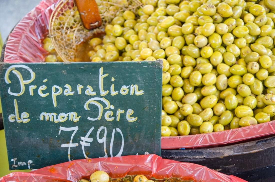 Aix en Provence - marché - olives