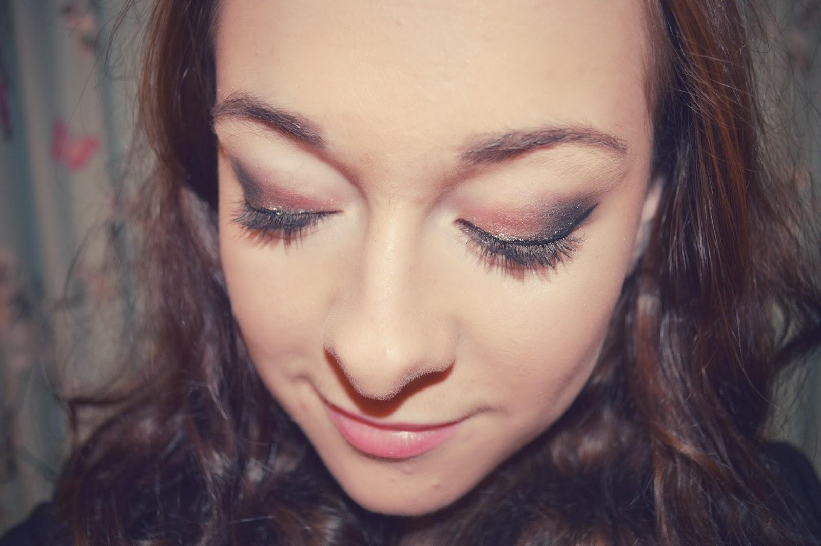 Lucy Abigail: NYE Glitzy Makeup FOTD