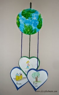 http://www.classifiedmom.com/2011/04/kids-craft-earth-day-mobile.html