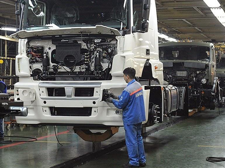 новые грузовые КАМАЗы