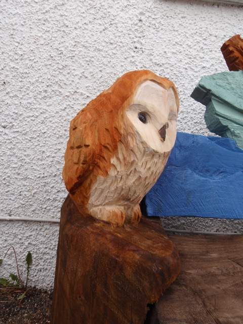 Painting wild scotland chainsaw carved benches